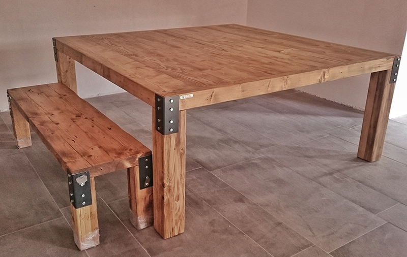 Paletto s furnature mesa fuerte cuadrada for Hacer mesa de madera rustica